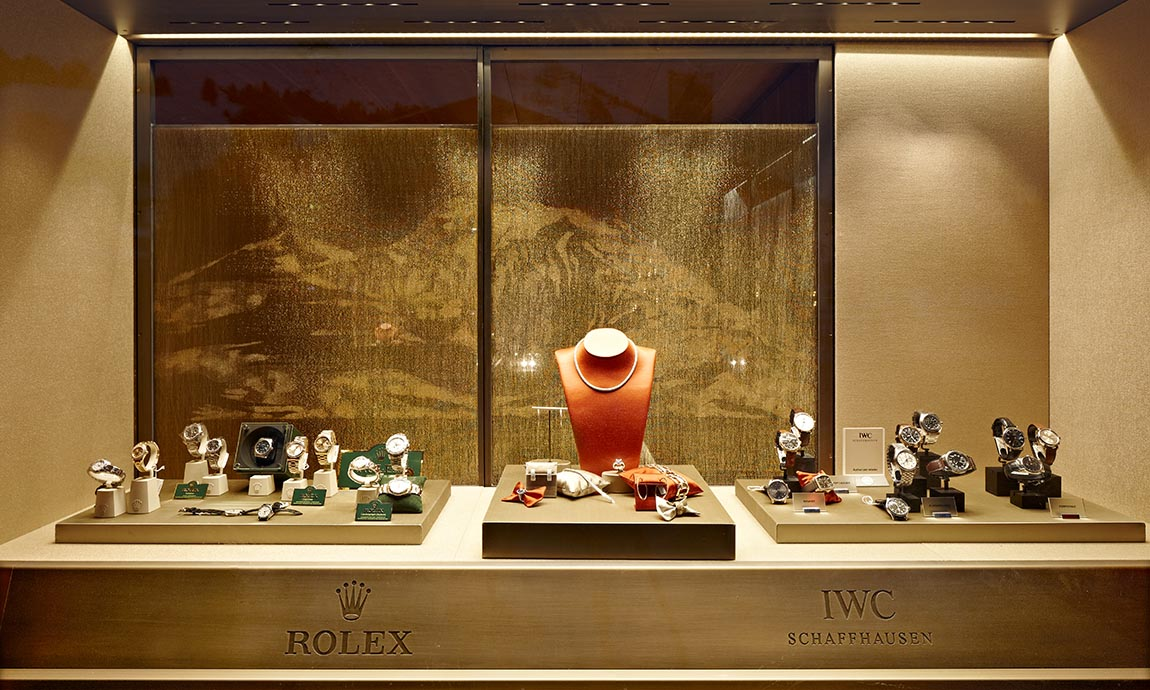 © Adolf Bereuter, Huber Watches Jewellery Lech