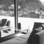 1999 Einfamilienhaus Ardetzenberg, Feldkirch Schöne Hanglage mit dominierendem Ausblick auf die Stadt © Bauart